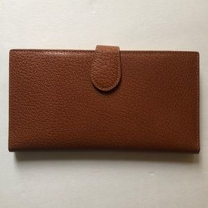 GUCCI Brown Leather Trifold wallet 7.5 x 4""